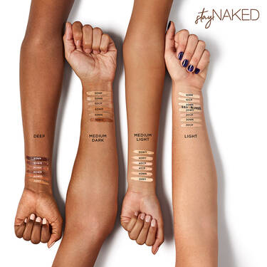 Cache-cernes leger a couvrance complete Stay Naked