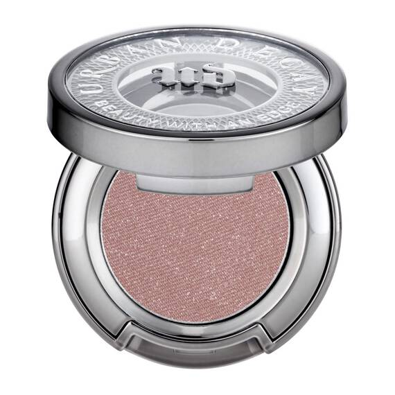 Eyeshadow in color Midnight Cowboy Rides Again