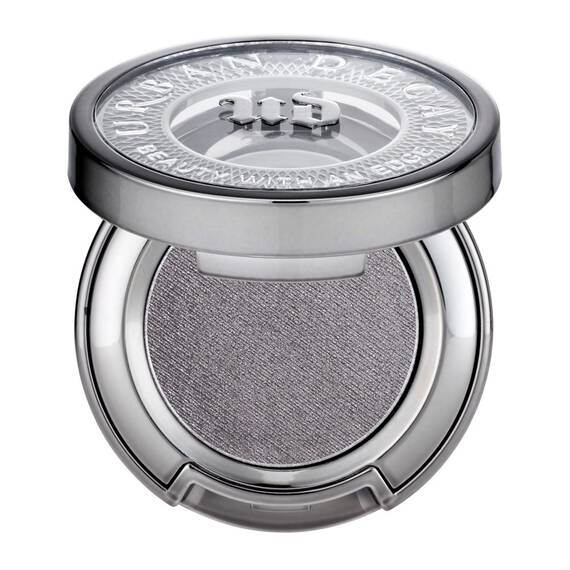 Eyeshadow in color S&M