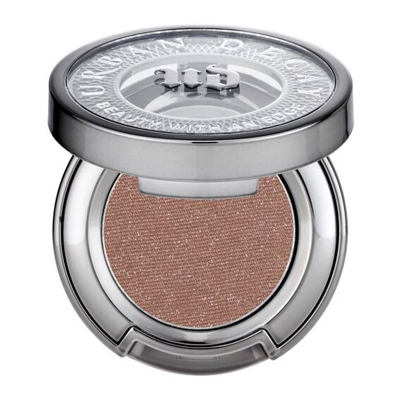 Eyeshadow in color Midnight Rodeo